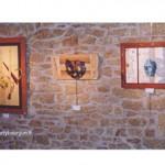 trois oeuvre sur un mur