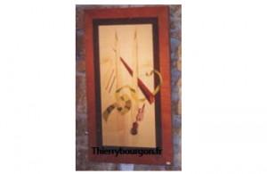 Un abstrait qui représente un ruban pour les notes de musique, un violon et une baguette de chef d'orchestre